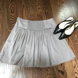 Size 6 Banana Republic grey cotton skirt